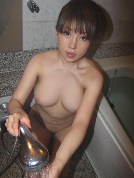 綺麗でエロい美乳のオッパイ (7)