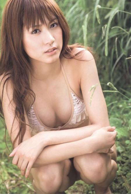 大島麻衣のエロい巨乳 (6)