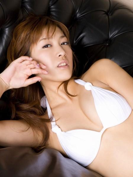 大島麻衣のエロい巨乳 (1)