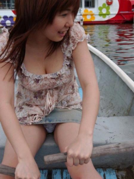 街で見つけた、着衣巨乳の素人女性たち (3)