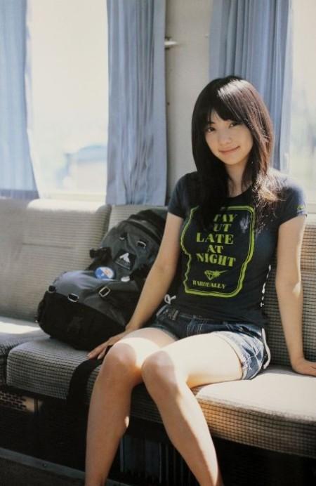 可愛くて巨乳の元グラドル、倉科カナ (9)