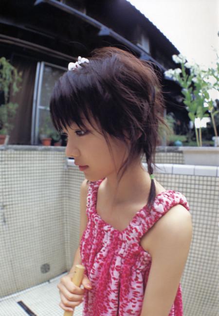 素人や芸能人の可愛い娘たち (15)