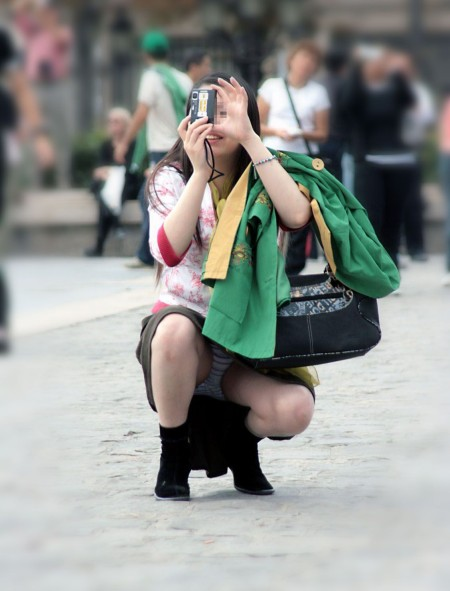 つい視線が集中しちゃうパンチラ女性 (5)