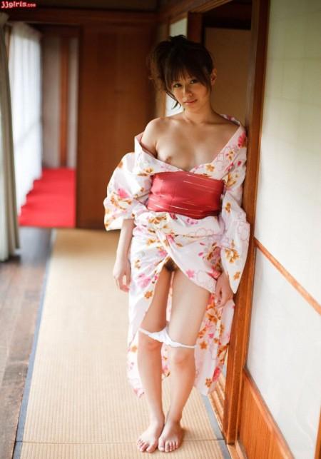 美少女で可愛い&セクシーの瑠川リナ (3)