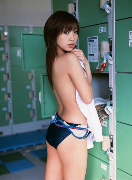 競泳水着って地味だけどセクシー (20)