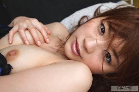 可愛い顔で中出しされる、秋元まゆ花 (15)