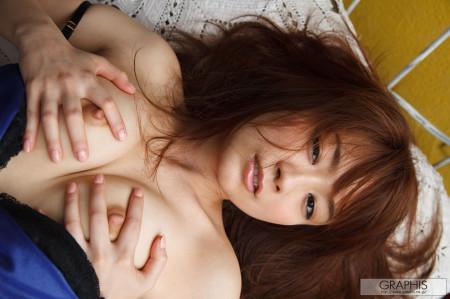 可愛い顔で中出しされる、秋元まゆ花 (20)