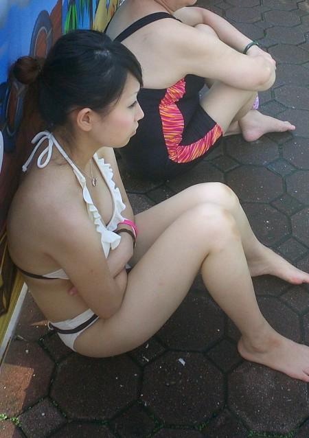 ビキニを着た素人女性 (8)