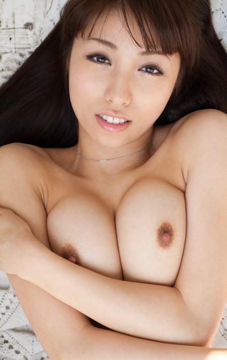 巨乳おっぱいの谷間 (12)