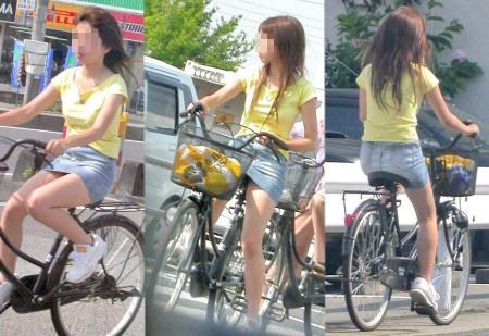 自転車でパンチラする女性 (8)