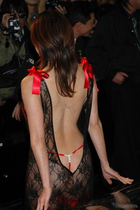 セクシー衣装のキャンギャルたち (12)