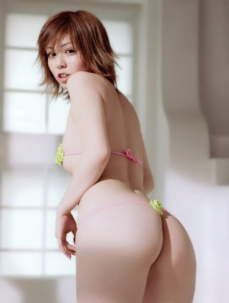 お尻の綺麗な女性 (11)