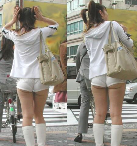 セクシーなショートパンツの女性 (14)