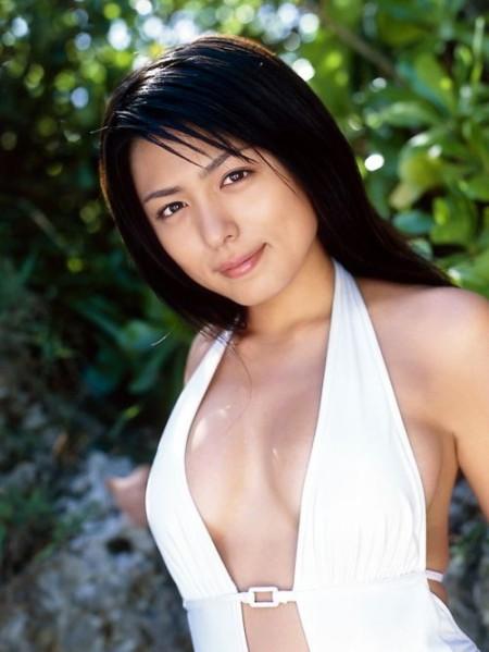 童顔で巨乳の、川村ゆきえ (19)