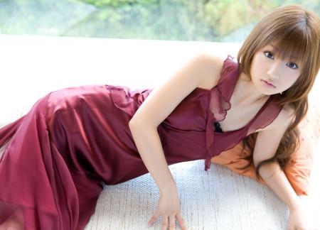童顔でスレンダーな、小倉優子 (7)