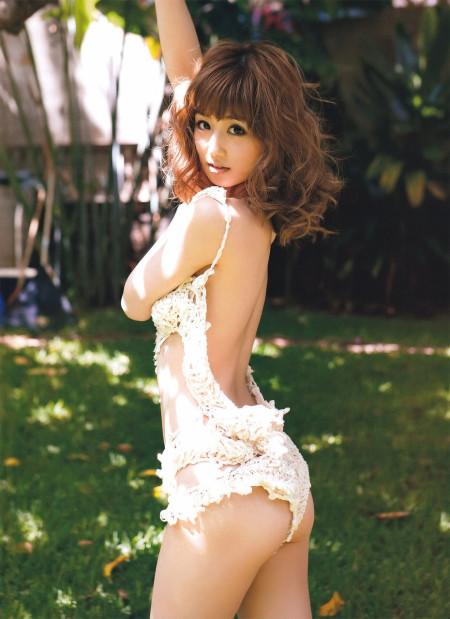 童顔でスレンダーな、小倉優子 (9)