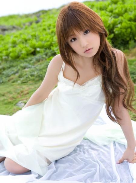 童顔でスレンダーな、小倉優子 (19)