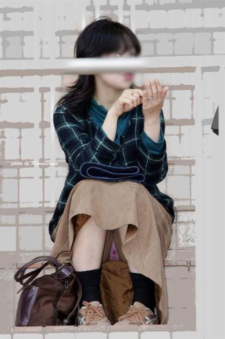 街で見かけたパンチラ女性 (2)