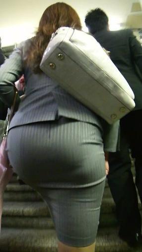 透けパンしてる素人の女性 (11)
