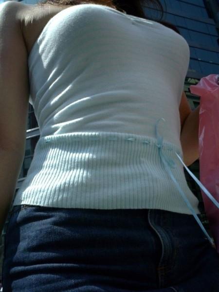 かなりデカい着衣巨乳の素人女性 (14)