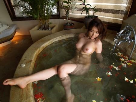 入浴中の女性 (19)