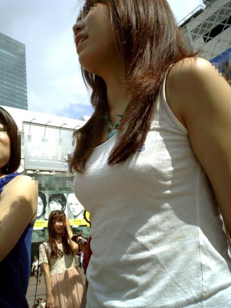 街で見た巨乳 (2)