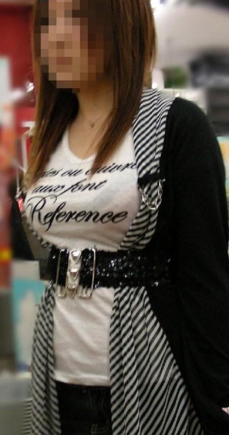 素晴らしい着衣巨乳 (7)