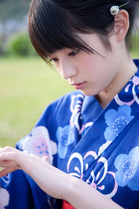 可愛い女性 (2)