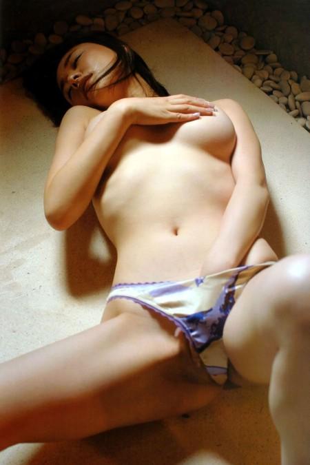オナニーする女性 (12)