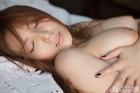 美人で巨乳の、椎名ゆな (7)