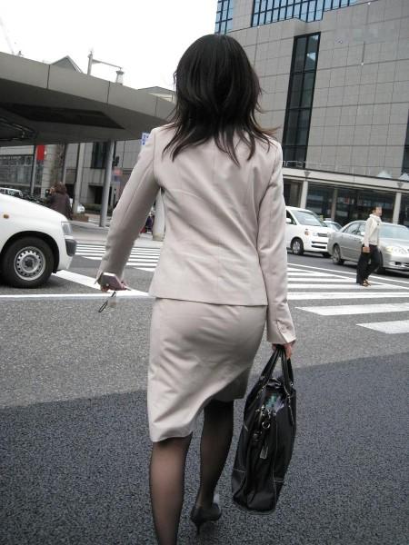 透けパン素人娘 (2)