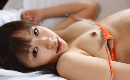 吸いたくなる乳首 (15)