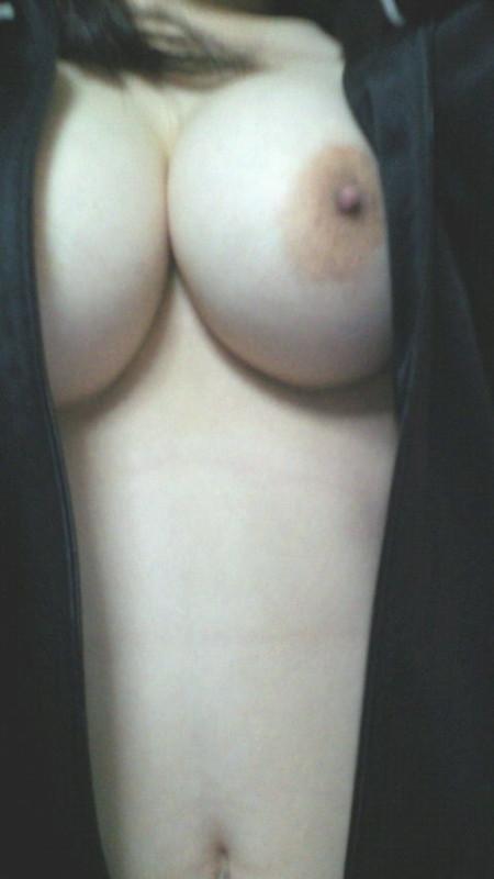 自分で撮ったエロいオッパイ (6)