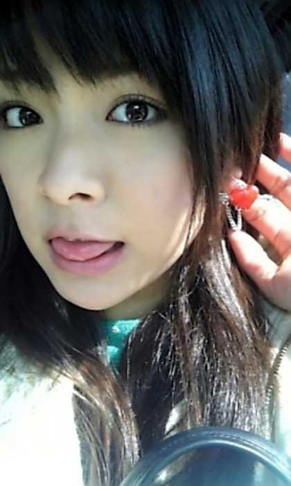芸能人が舌を出す (5)