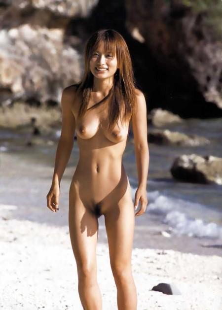 均整のとれた体の、美竹涼子 (2)