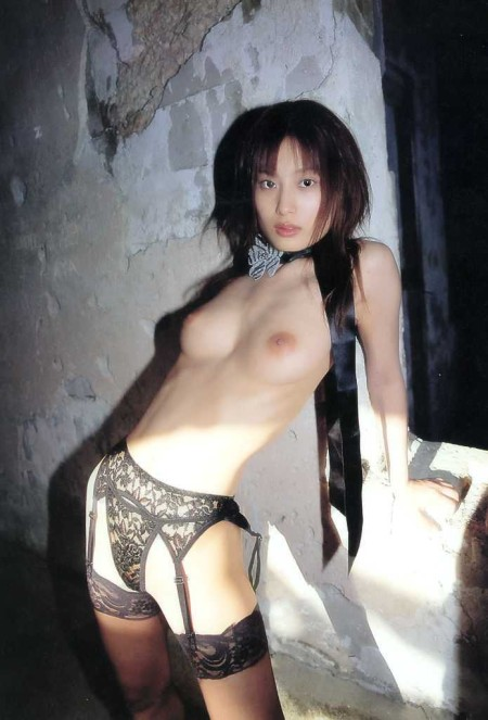 均整のとれた体の、美竹涼子 (5)