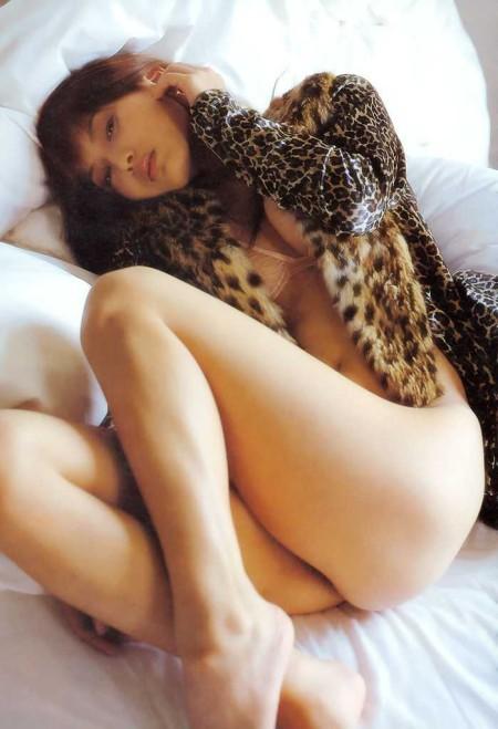 均整のとれた体の、美竹涼子 (13)