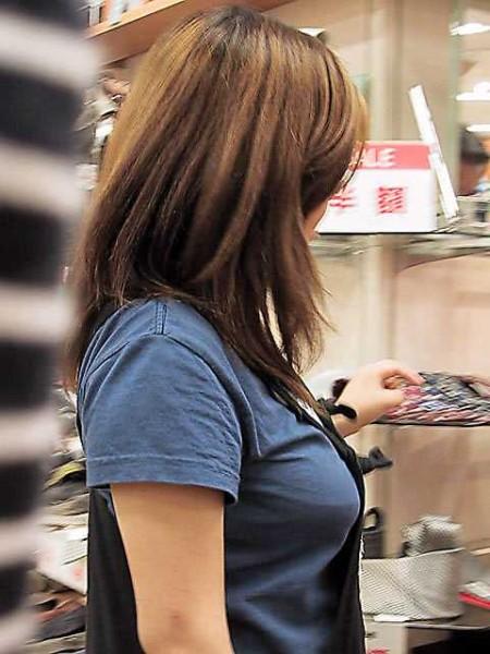 着衣巨乳がスゴい素人 (14)