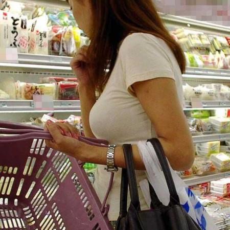 素人女性の巨乳 (10)