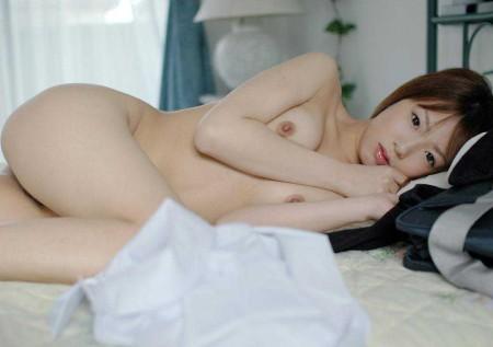 小さくて可愛らしい貧乳 (3)
