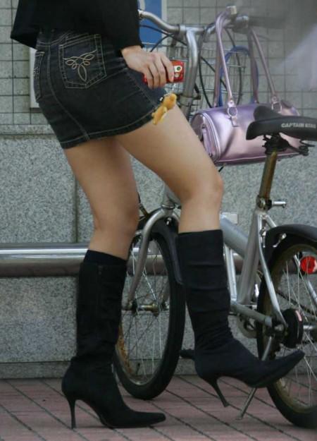 自転車パンチラ (9)