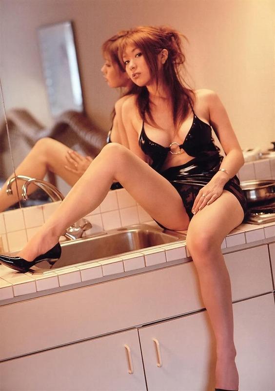 下着が素敵な女性 (9)