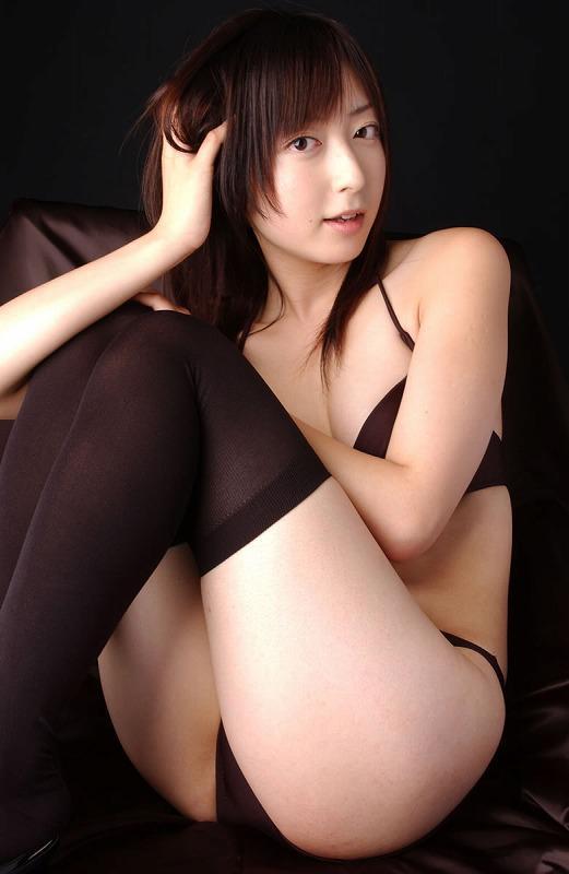 下着が素敵な女性 (12)
