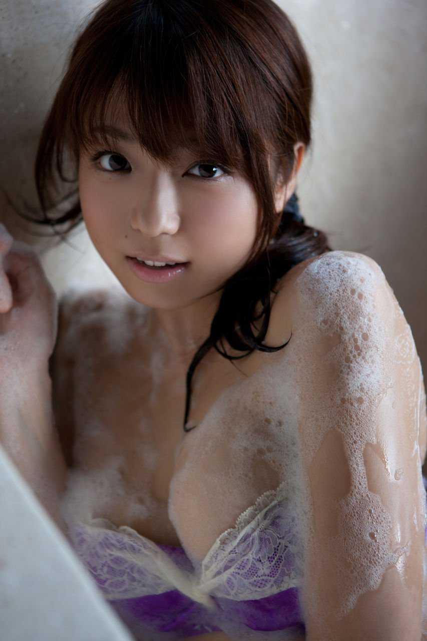 柔らかそうなボディの、中村静香 (20)