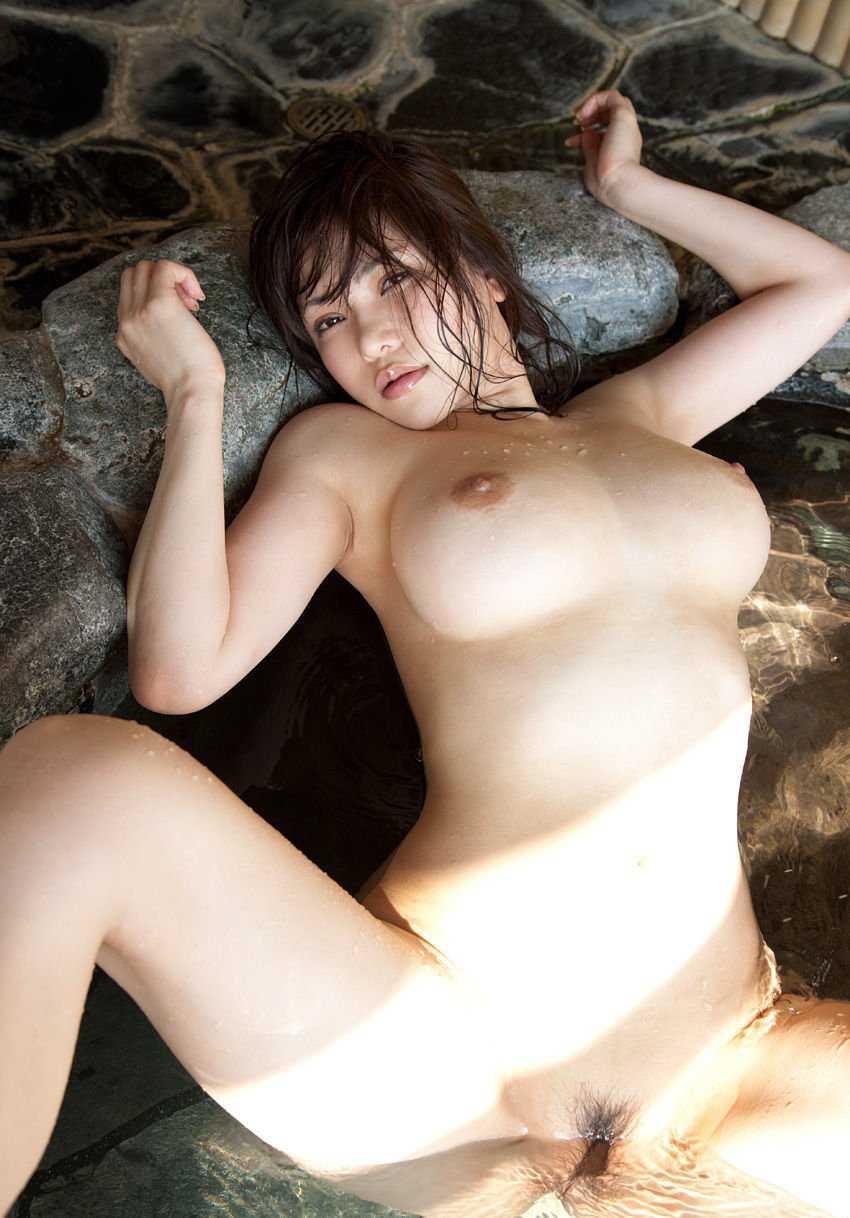 デカい巨乳の、沖田杏梨 (1)