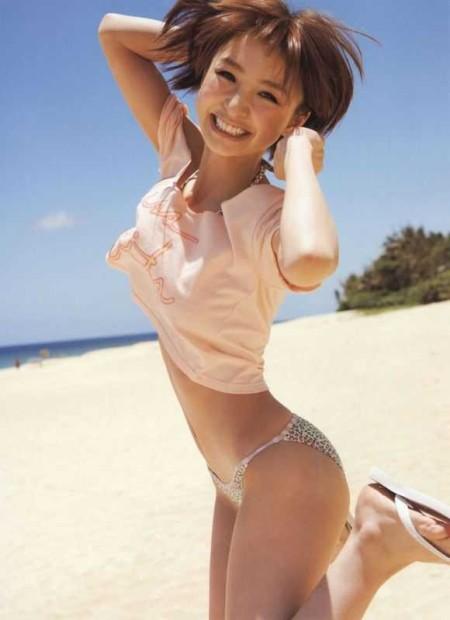 スレンダーボディの、篠田麻里子 (10)