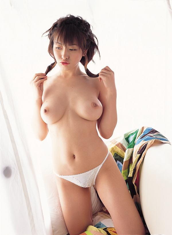 舐め回したい巨乳 (3)