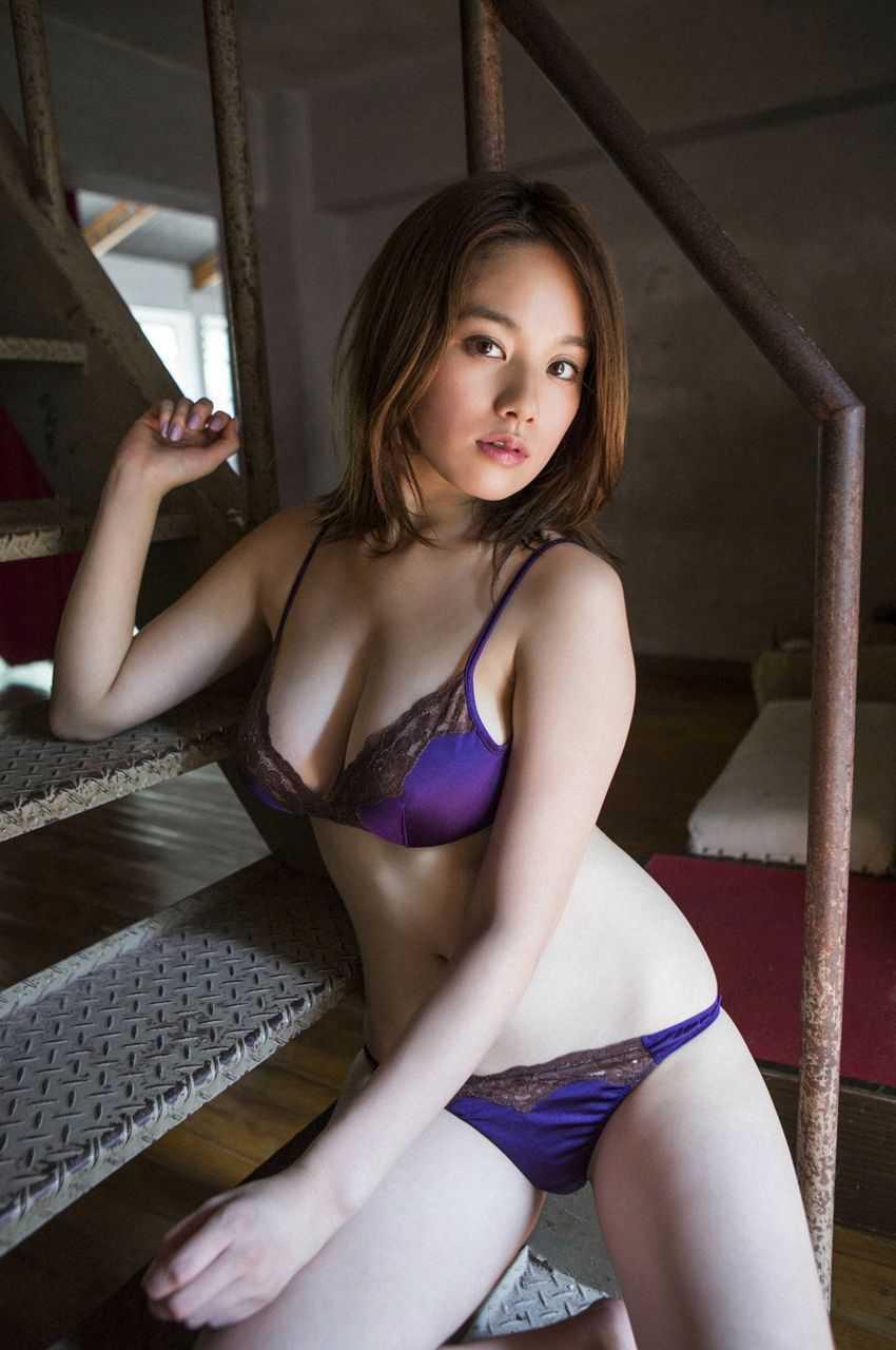 Hカップ巨乳の、筧美和子 (13)
