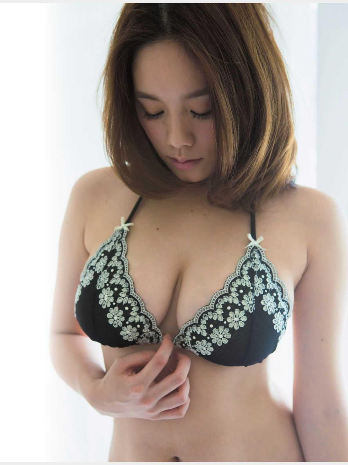 Hカップ巨乳の、筧美和子 (12)