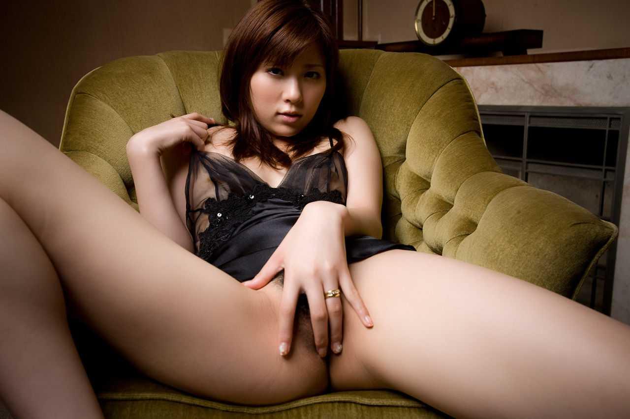 かわいいAV女優、桜木凛 (14)